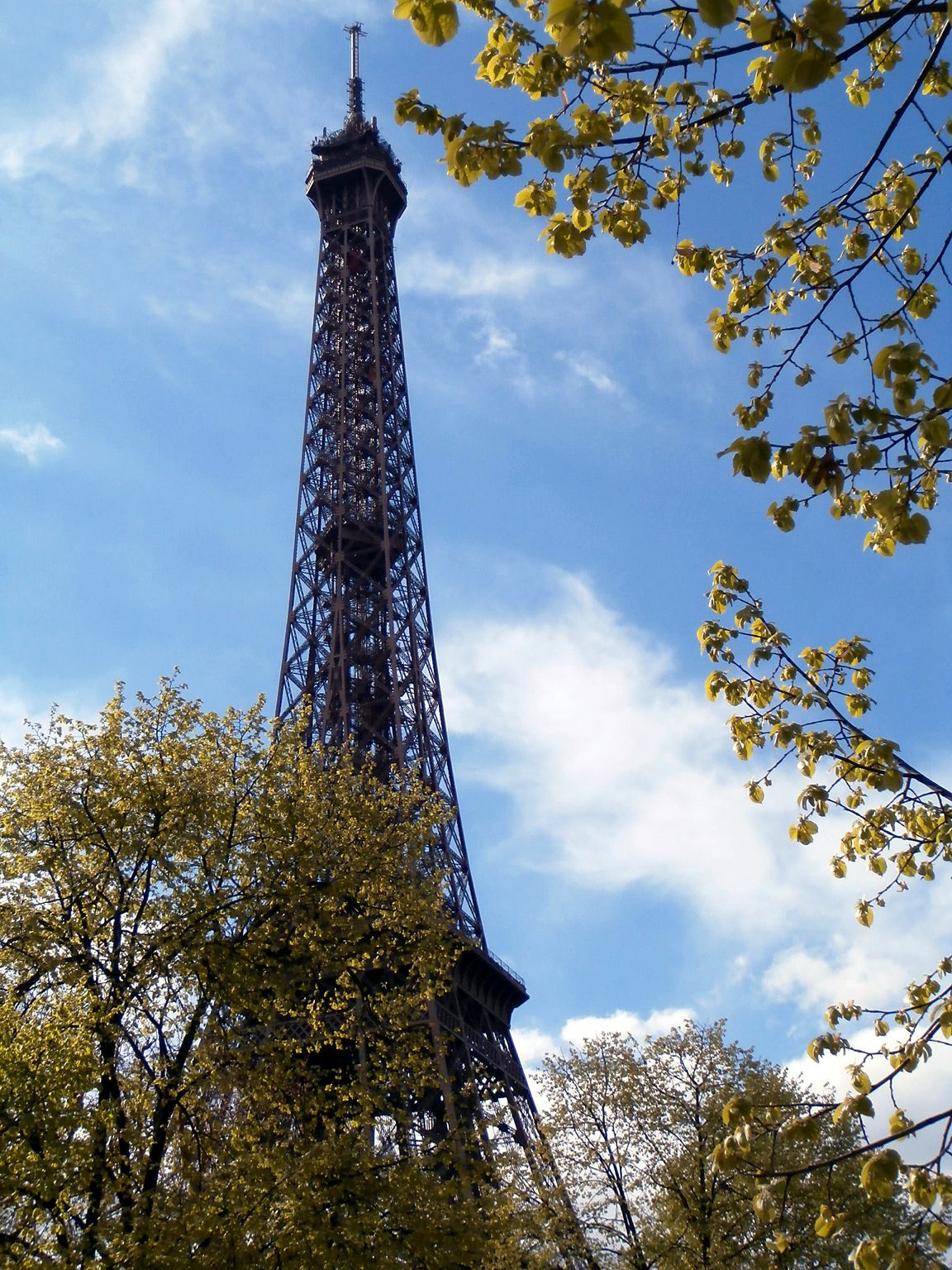 List of the 72 names on the eiffel tower for Names of famous towers